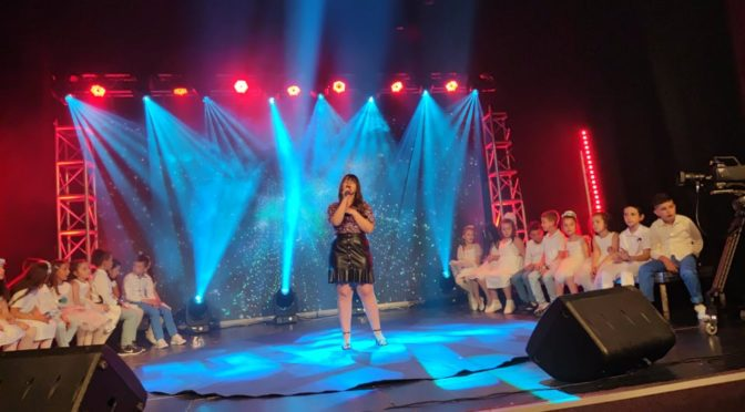 Erina Ajeti  remporté le 1 prix festival international Amol en 2020,