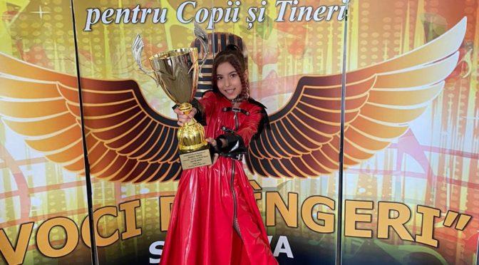 Natalia  Bendre remporte le Trophée du Grand Festival