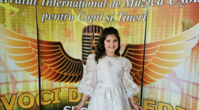 Daria-Maria Nechifor Mary Nechifor jeune et talentueuse artiste kids